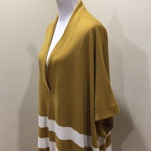 Banana Republic Sweaters - Banana Republic Gold White Poncho